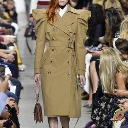 Hot Sale Doublure complète Beige manchon de bouffée de Double Breasted long manteau de tranchée Mode féminine