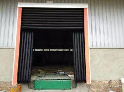 Sac d'air réglable en acier galvanisé isolée de l'entrepôt de stockage froid chambre froide porte gonflable l'abri de la baie de chargement