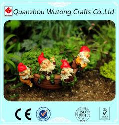 Polyresin Gnome Miniatura Figurine Pot Huggers decoração da Plantadeira