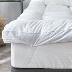 Unten/Feder-weiße Ente-Feder und unten Hotel-starke Auflage mit Gleitschutzgummiband-Matratze-Deckel