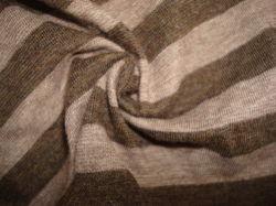 Maglia singola in Heather Stripe tinta con filo largo