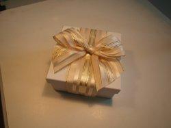 Caselle di carta della decorazione del nastro del commercio all'ingrosso del campione libero con l'imballaggio di /Christmas /Gift dell'imballaggio del nastro