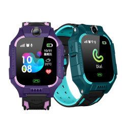 子供のためのSosを置くスマートな電話腕時計のロケータのタッチ画面GPS