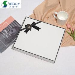 Gaufrage des boîtes en carton dur aéronefs contenant du papier d'emballage de cadeaux promotionnels boite avec insert en mousse EVA ou une éponge