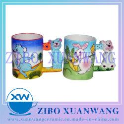 Grabado en 3D tener Mango Mango Ratón Mug de cerámica coloridos dibujos animados de la mano de la Copa de cerámica impresa