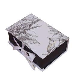 Impressão personalizada de papelão de papel elegante caixa de oferta de chocolate Doces de casamento com fita