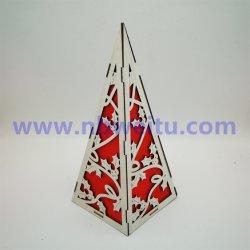 prix d'usine Décoration de Noël en forme de pyramide en bois de feu de nuit à LED