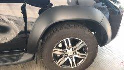 Su moderno diseño de mayor venta Guardabarros para inyección ABS Fortuner 2016~sobre