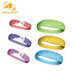 حزام معصم مطاطي من السيليكون مخصص وصحي بشريط مطوق RFID شريط LED مع عجة من السيليكون لوغو شعار الموضة