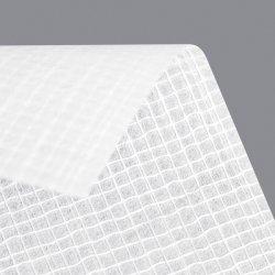 ガラス繊維の網によって補強されるガラス繊維のマット