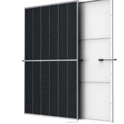 2021 Fabrikpreis Stufe 1 Klasse A Trina 600W Mono Sonnenkollektoren halb geschnitten mit 120 Zellen für den Einsatz
