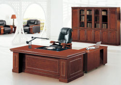 Kundenspezifischer Größen-Chef-Büro-Schreibtisch-Executivschreibtisch mit abgleichendem ledernem Stuhl