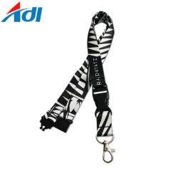 Модные двойной крюк из тончайшего стропом с Металлический держатель для продажи
