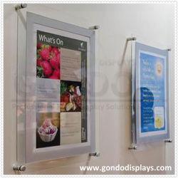 إطار صور مغناطيسي شفاف من الجانبين مثبت على الحائط مقاس A4 إطار عرض الصور مع مواجهة معمارية معدنية باللون الفضي والرمادي