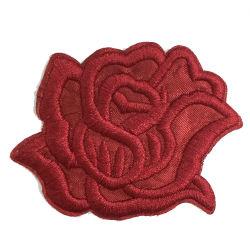 Nuevo diseño de moda parche bordado de flores en 3D.