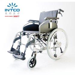 Silla de ruedas manual ligera de aluminio regulable en profundidad y altura del asiento