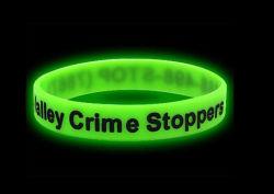 Vert lumineux Glow en silicone Sport Bracelet foncé