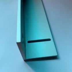 En forme de L'aluminium anodisé 6063/6061/profil en aluminium avec de l'usinage