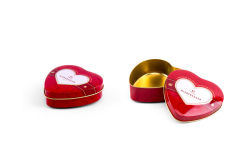 صنع وفقا لطلب الزّبون قلب شكل شوكولاطة قصدير معدن صندوق