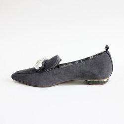 Trotteurs de femmes d'hiver de chaussures pour femmes fourrure occasionnel chaud Slip-sur les méplats de la chaussure bateau Chaussures 2021 Fashion Mesdames