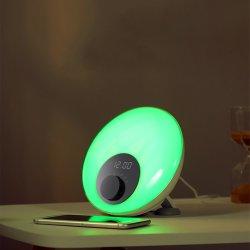 L'orologio di Digitahi astuto di vendita caldo della sveglia di simulazione di alba del Amazon sveglia l'orologio chiaro del tavolino da notte