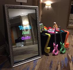 65 pulgadas de la boda al por mayor de la máquina photobooth alquiler Espejo Mágico Photo Booth
