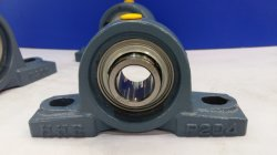 Highly Cost-Effective、T Bearing Company (UCP204、UCT207、UC206FL。)