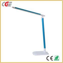 La CGE moderne sur la touche USB réglable souple lampe de bureau à LED lampe de table pour le bureau/Study/lecture