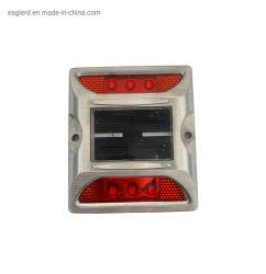道路の安全のための埋め込まれた反射鏡が付いているフラッシュ太陽道のスタッド