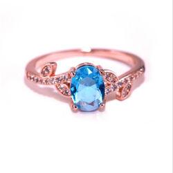 女性の優雅な女性Blue Crystal Ring Feminine党宝石類のギフトのための方法ローズの金の魅力のリング