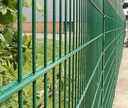 6FT täfelt grünes Vinyl beschichteter geschweißter Maschendraht doppelten Maschendraht-Zaun für Verkauf