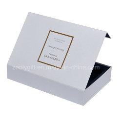Boîte-cadeau d'or de carton de clinquant d'écharpe articulée par fermeture d'aimant avec l'aileron