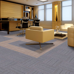 A fábrica Listra Wholesales Azulejos alcatifa 50x50cm PP betume de superfície de apoio de qualidade elevada melhor preço para o Office Commercial Hotel Home Building usar o Modular Carpet