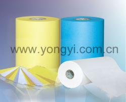 Maak de papiervoering los voor zelfklevend labelmateriaal