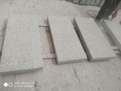 중국의 저렴한 G603 화강암 그레이 타일 계단 스톤 및 연석 돌