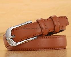 La moda y básicos Woeven clásico cinturón de cuero con estrás