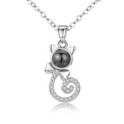 Modèles d'explosion de nouvelles femmes 100 Langues je Vous aime Cat Eyes Collier Pendentif cadeau d'anniversaire Accessoires bijoux