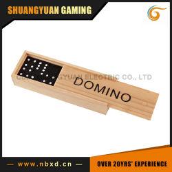 لعبة الدومينو في [ووودن بوإكس] ([س-ق11])