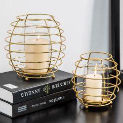 L'Art Moderne de métal affiné Home Decor decoration de mariage unique d'ornement des morceaux à la main de fer porte-bougie