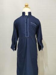 Robe Thobe árabe de los hombres de prendas de vestir la túnica de los hombres