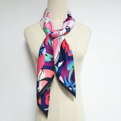 卸し売りSilk Pashmina Reflective Fashion女性フットボールの冬のスカーフ