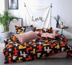 Het goedkope Afgedrukte Beddegoed van de Micro- die Slaapkamer van de Polyester met het Blad van het Bed van de Dekking van het Dekbed wordt geplaatst