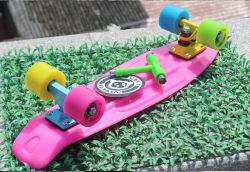 Atacadista aduaneira Cruiser Filhos de skate com 650g de PP Board (YVP-2206)