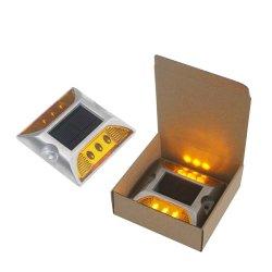 Reflektierender LED-Marker aus Aluminiumlegierung am Highway Solar Road Stud