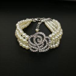 4 rangs perles de chien Collier Collier avec Rhinestone Bling Fleur Rose charme pour les petits chiens Bijoux Accesoires ESG12518