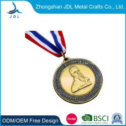 Suministro de la fábrica de metal personalizados con forma redonda Kuwait Deportes Triatlón Medallas con azul de cinta impresa (180).