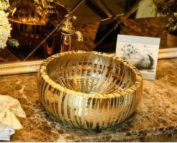 A vaidade de moda de cerâmica de Arte Moderna Golden Lavatórios para banheiro
