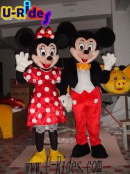 Um pano vermelho Micky trajes de peles para a parte