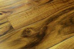 堅材の固体フロアーリングのアカシア木(木製のフロアーリング)