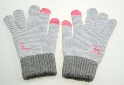 Guanti lavorati a maglia acrilici di inverno di modo del jacquard della lettera dello schermo attivabile al tatto